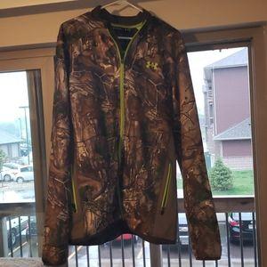 Camo under armour zip-up hoodie